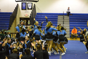 Varsity cheer wins MAC crossover competition