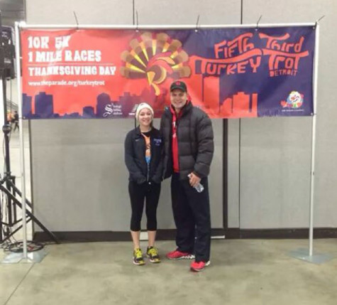 Students participate in Turkey Trot