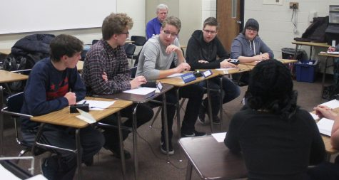 Quiz bowl buzzes new coaches