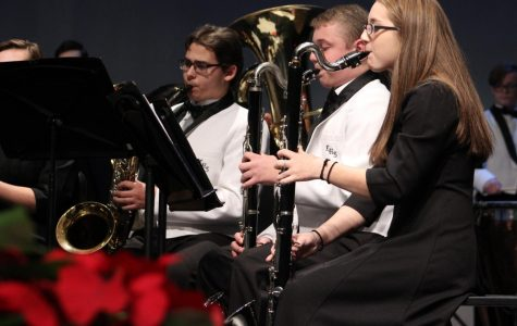Students perform at Winter Band Concert.