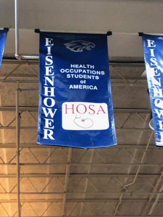 HOSA+competes+at+States