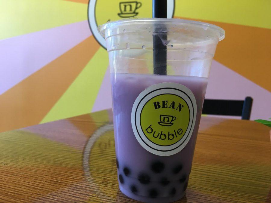 Taro+bubble+tea+presented+at+Bean+n+Bubble+cafe.+