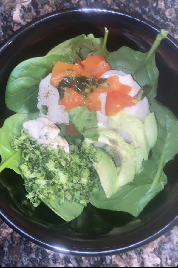 This+Chicken+and+Rice+Veggie+Bowl+is+a+delicious%2C+healthy+recipe+to+make.+%22The+broccoli+rice+added+such+a+great+flavor+to+the+chicken.%2C+junior+Kenna+Snow+said.+The+healthiness+of+this+recipe+gave+it+the+best+natural+flavor.