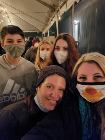 "While spending time together, sophomore Savannah Beydoun and her family wear masks this spring break to stay safe. ""Once you get used to it (a mask) on your face it's okay and worth it to be able to see each other,"" cousin Ashton Clay said."